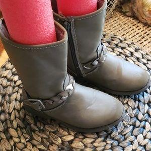 OshKosh boots 11 girls